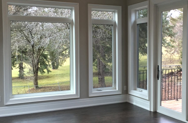 Vinyl doors and casement windows installation toronto gta for Vinyl window manufacturers